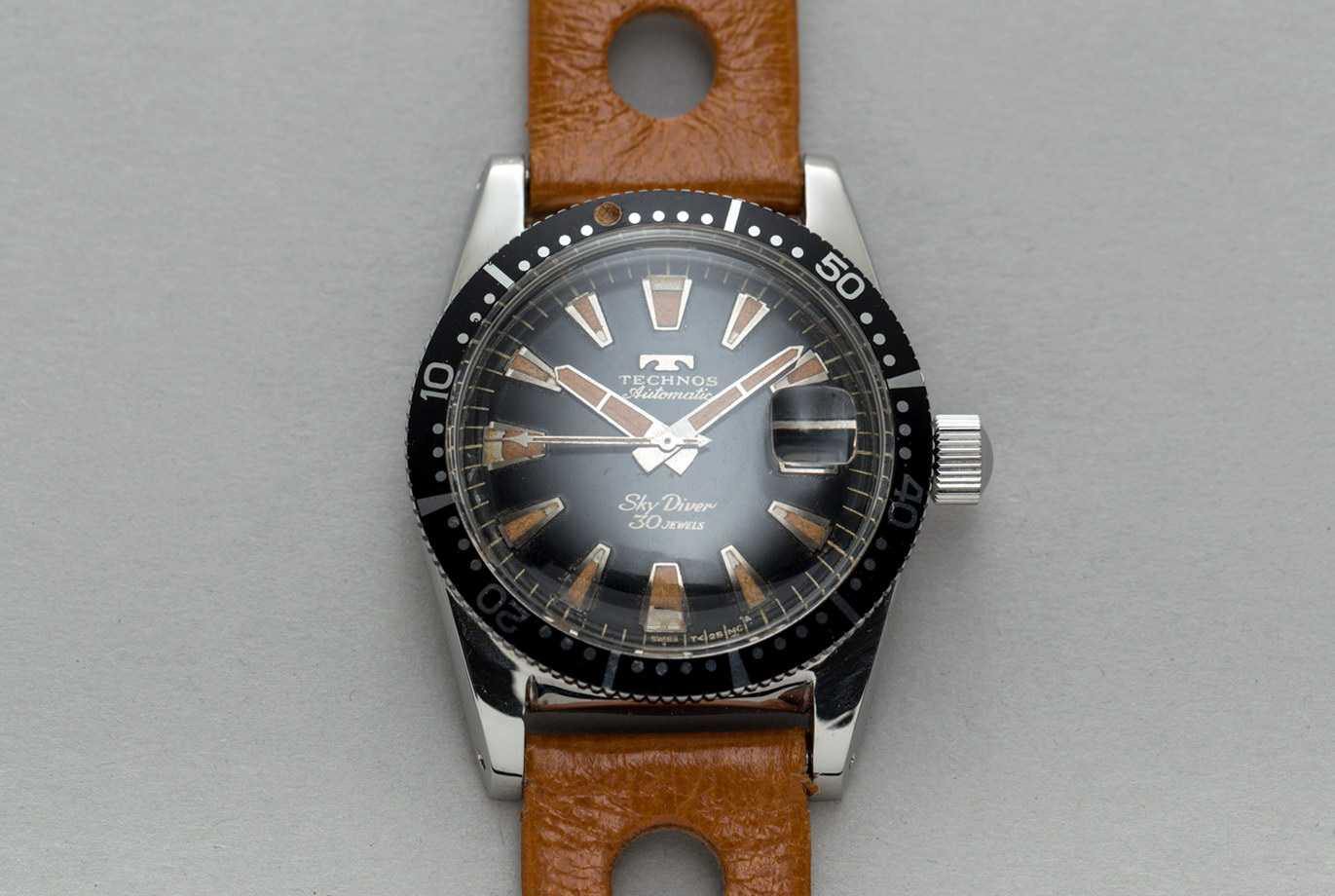 Technos vintage sky diver shuck the oyster vintage watches for Technos watches