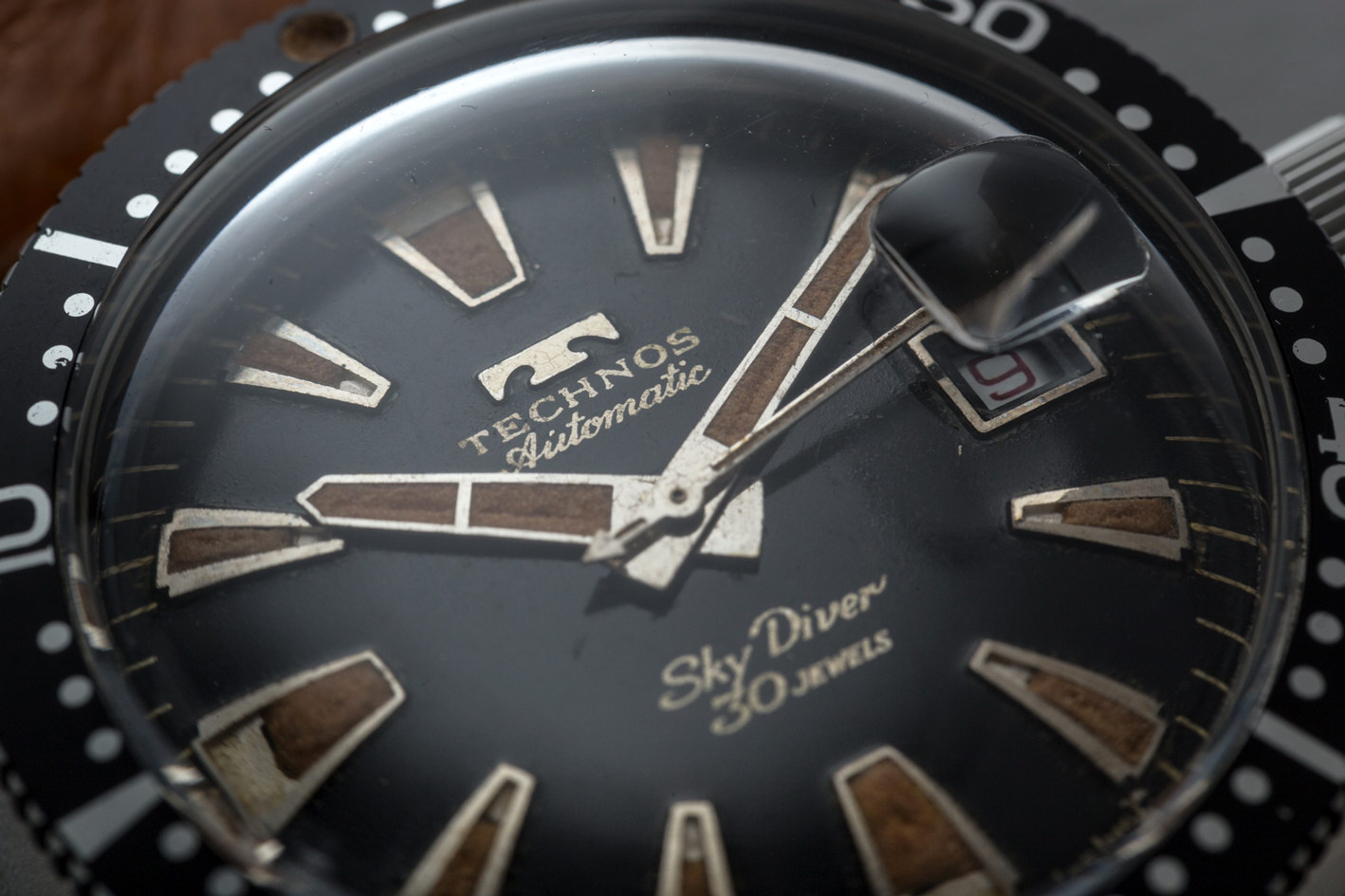 Technos Vintage Sky-Diver | Shuck the Oyster Vintage Watches